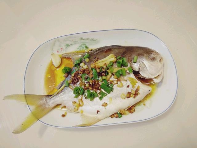 老少皆宜柠檬香葱鱼,原汁原味的美味,让你爱上蒸鱼