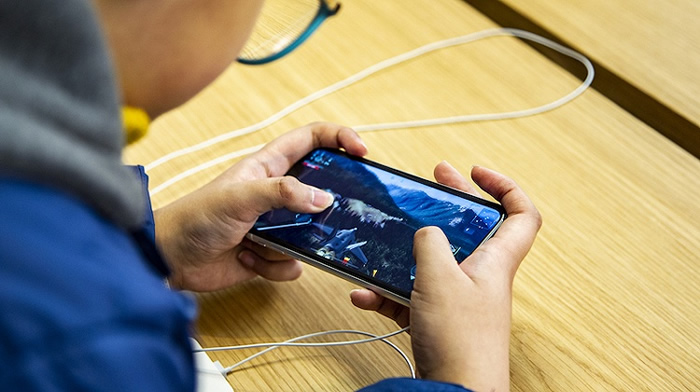 """不能让孩子在暑假沉迷于手机游戏,""""清朗""""今天正式启动 手游 每日推荐  第2张"""