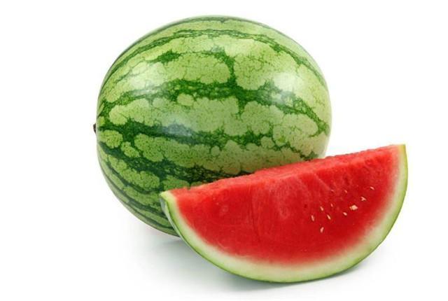 西瓜的养生功效与禁忌,常吃西瓜的你造吗?