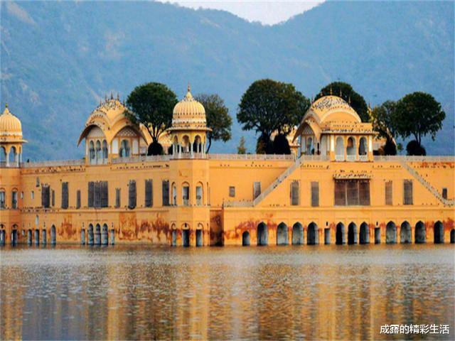 印度皇宫为何一阵恶臭?曾经是5A景点,现在没有人想来!