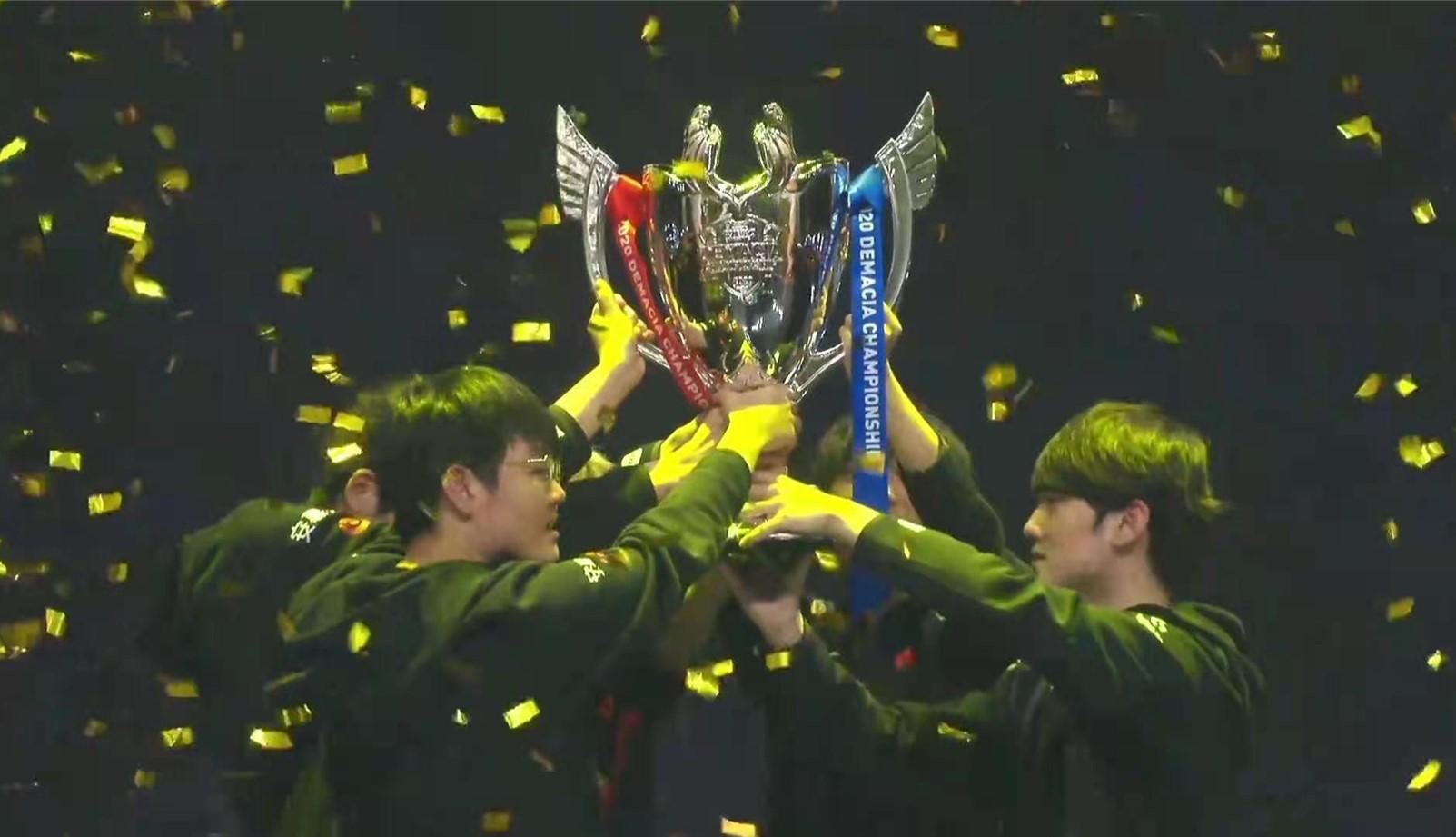 《【煜星娱乐主管】TES德杯夺冠,Knight直言要重铸LPL荣光,Doinb的话应验了》