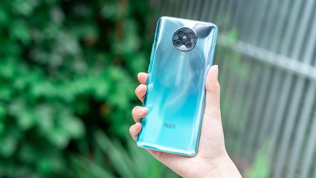 "lol虚空先知_骁龙865+4700毫安电池容量,半年狂跌800元,价格越来越""香"""
