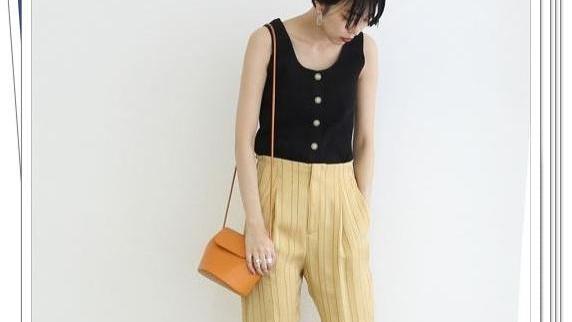 时尚流行的迷你单肩包!与众不同的轻熟女人夏季穿搭示范