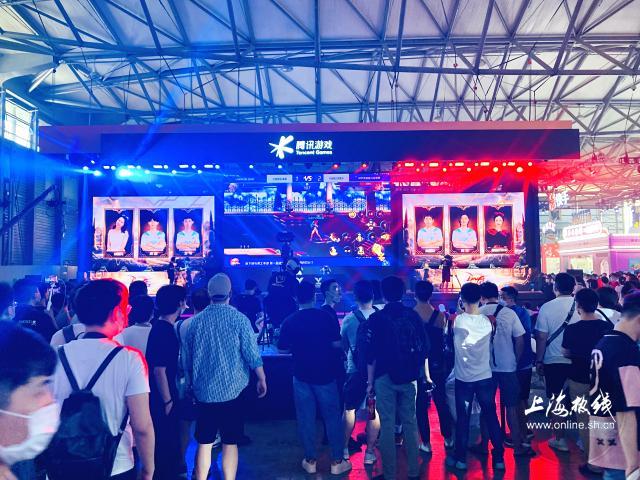 《【煜星平台注册网址】直击2020Chinajoy第二日各大展台盛况!庆余年,陈情令都来了》