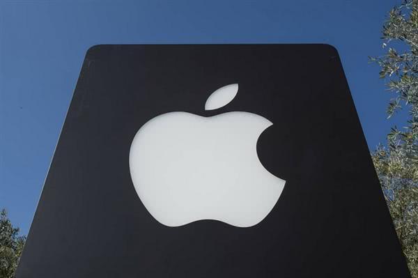 """苹果下重本,iPhone11加速跌至""""新低价"""",力拼小米10 Pro!"""