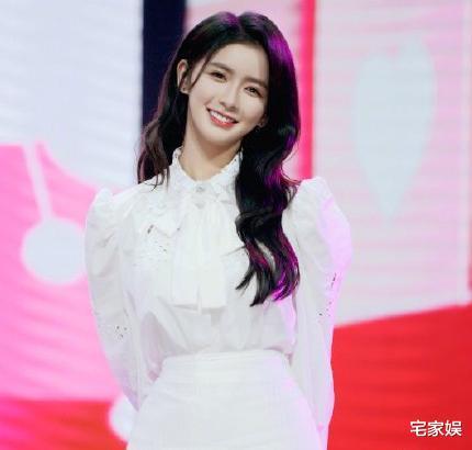 蔡卓宜被曝退出《青你2》,经纪公司回应,网友:漂亮姐姐实惨