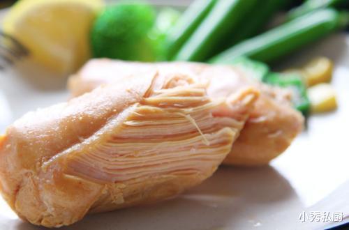鸡胸肉好吃,但是做法单调,我给你建议6种做法,让你从此爱上吃鸡胸肉,健康和美味兼得哦