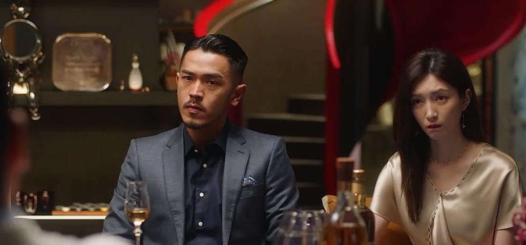 《三十而已》王漫妮答应富豪的条件,混入高端圈,梁正贤恐要后悔
