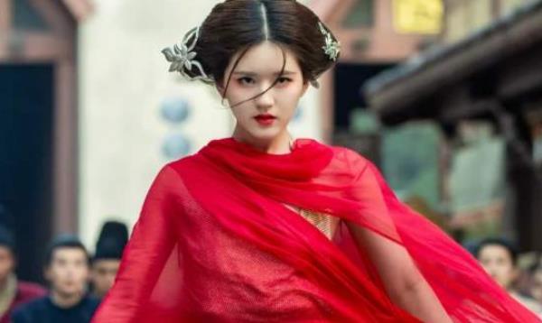 《陈芊芊》演员年龄:赵露思22岁,二姐29岁,看到大姐:没想到!