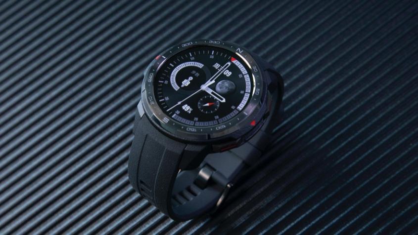 荣耀手表GS Pro体验评测 戴在手腕上的时尚运动健康专家
