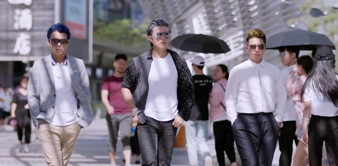 """靳东新剧遭翻车,评分仅5.2,""""中年怨妇团""""这次终于翻身了插图22"""