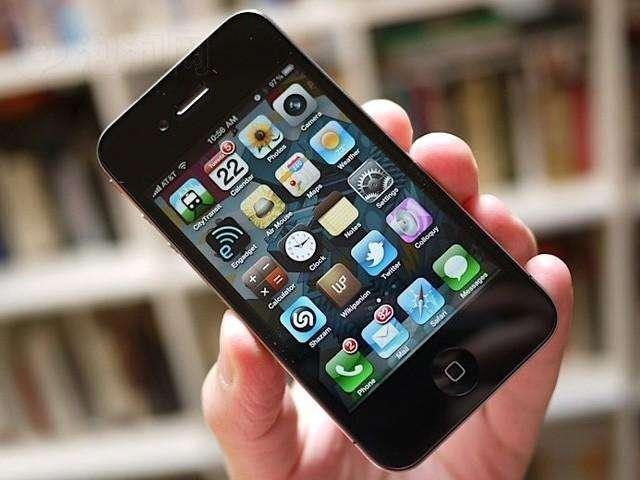 当年卖肾买苹果4小伙,得到147万的赔偿后,现在还在用苹果手机吗?