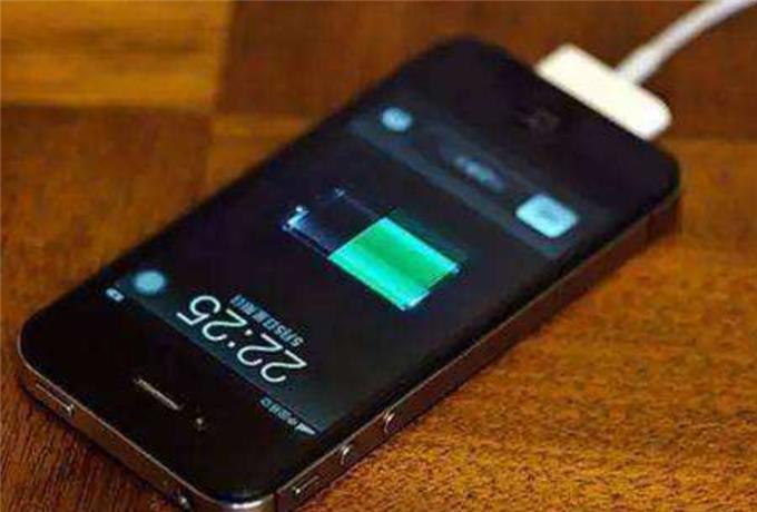 """充电器""""一夜不拔"""",手机电池受得了吗?现在了解还不晚"""