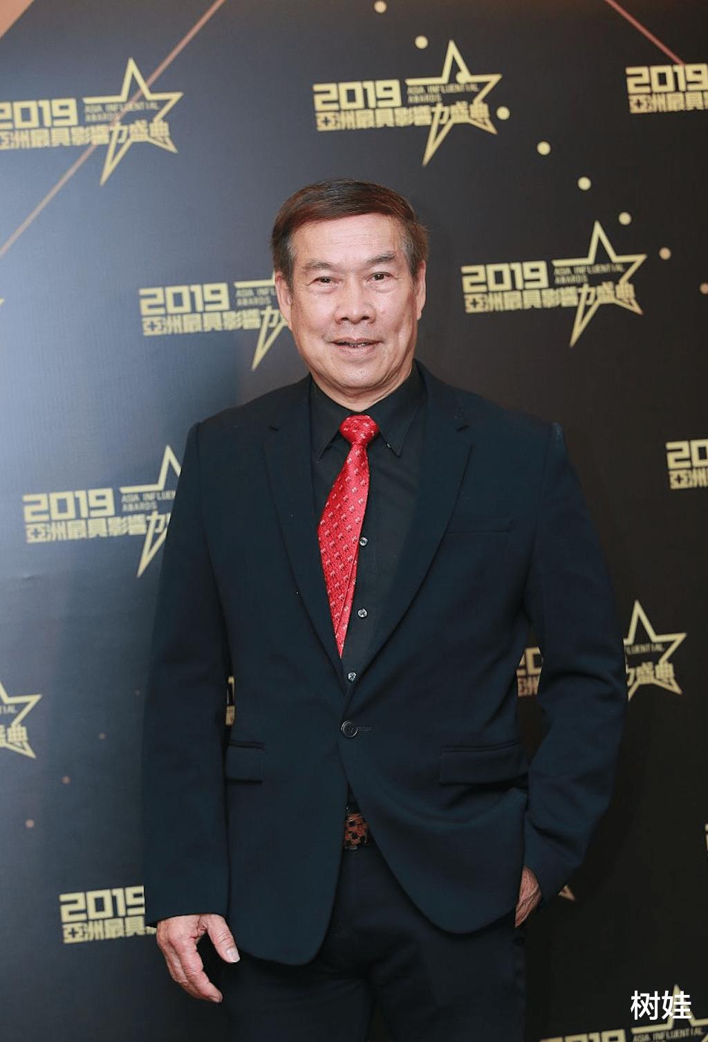 74岁白彪重返TVB意外走红,三剧连播演技受赞,曾三度演郭靖出名