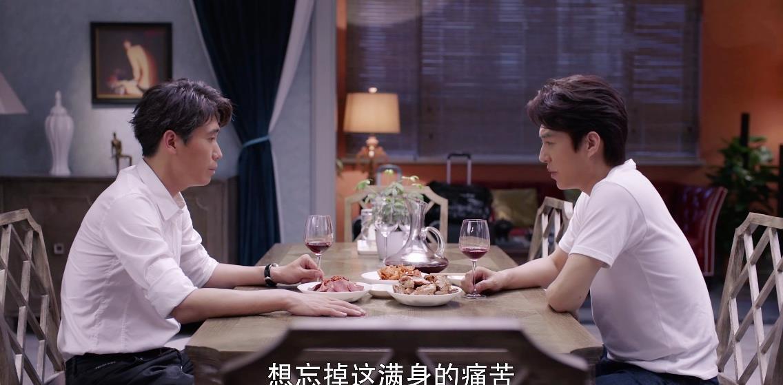 """靳东新剧遭翻车,评分仅5.2,""""中年怨妇团""""这次终于翻身了插图12"""
