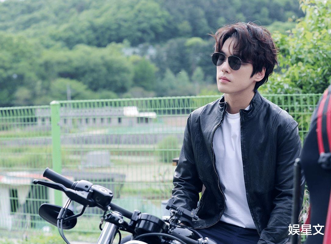过去太过投入角色而造成争议的韩国演员