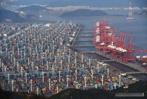 承诺租我国99年港口,才3年便反悔收回,如今货品堆积如山卖不出 港口 手游热点  第2张