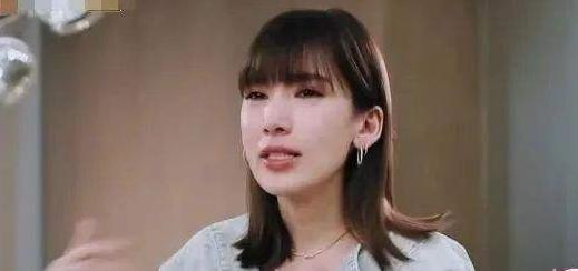 陈若仪幸福人设崩塌,她其实是一个狠角色,不需要别人心疼!