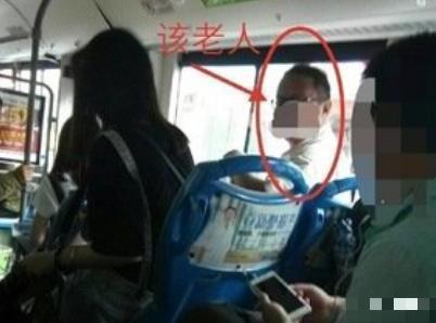 """侠客风云传天王线_老人将小朋友的书包一扔,硬 """"逼让座"""",有谁看到一旁爸爸的举动"""