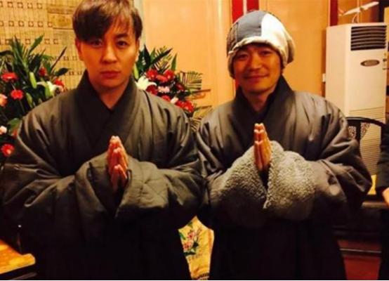 """释小龙:王宝强就是个""""疯子""""!一起在少林寺长大我比谁都懂他"""