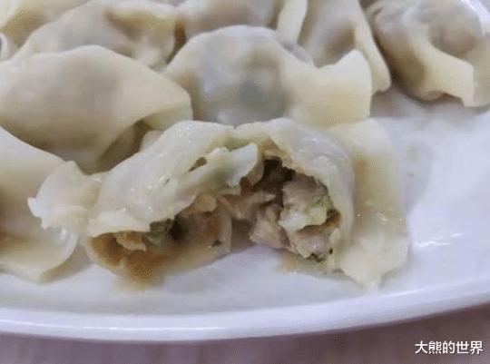 包肉饺子,要不要先炒馅?不少人搞错,难怪饺子不鲜嫩,还没营养