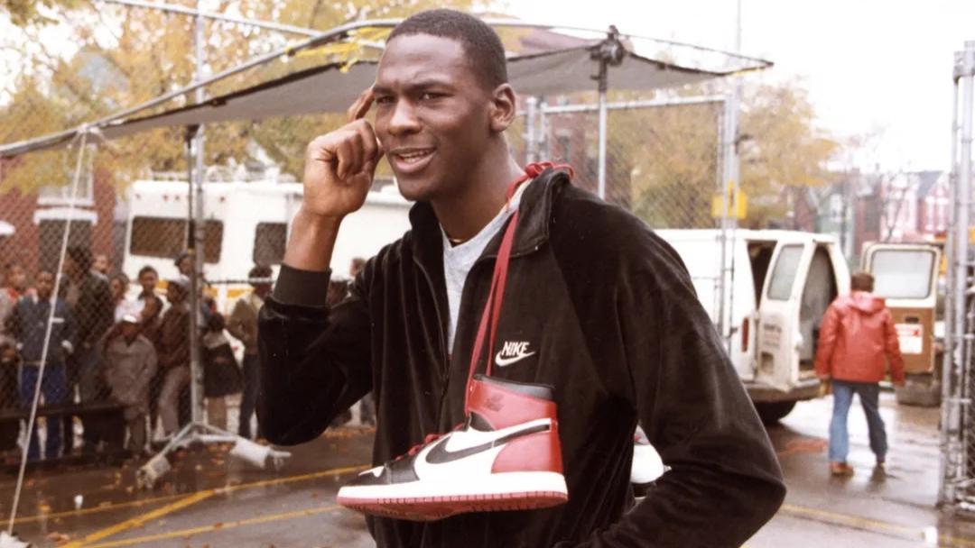 除了下月的联名芝加哥,Air Jordan 1 黑脚趾 疑今年回归
