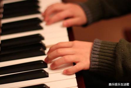 练琴声音大,弹钢琴扰民怎样办?教你5个办法处理
