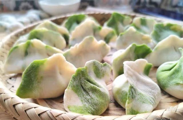 3月,宁可不吃肉也要吃这菜,维A是苹果10倍,用来包饺子太香了