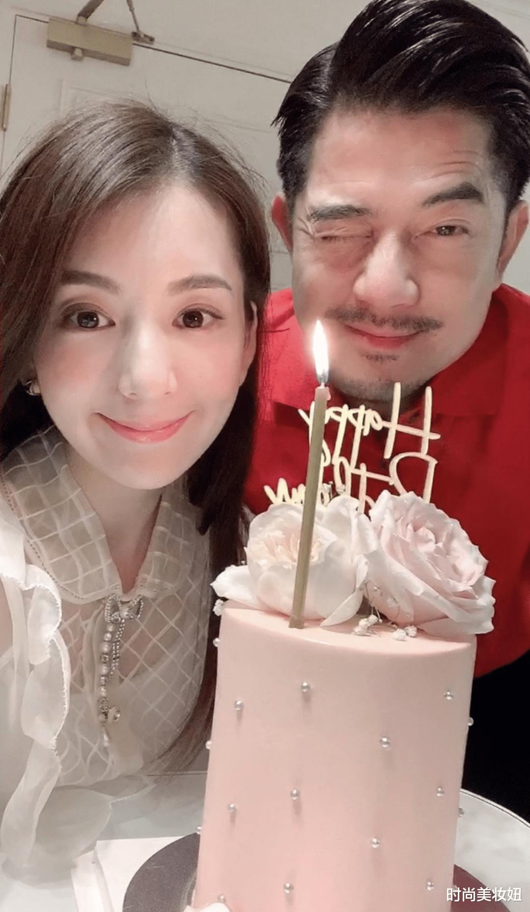 郭富城发去年的照片为老婆庆生,方媛气质越发高级,不愧是天王嫂
