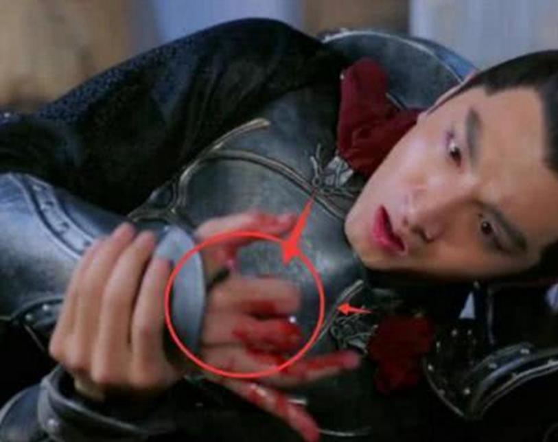 有力吐槽的穿帮镜头,李幼斌:我拍民国戏那末辛劳,吹空调怎样了