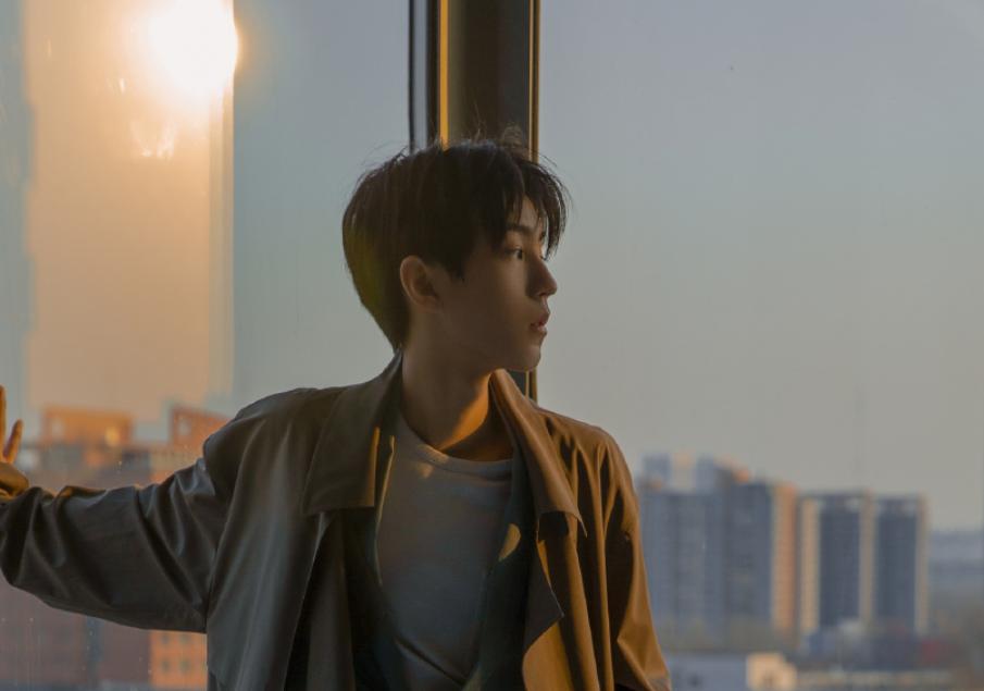 王俊凯虽然身处娱乐圈这么复杂的圈子,但总是给人一种干净的感觉