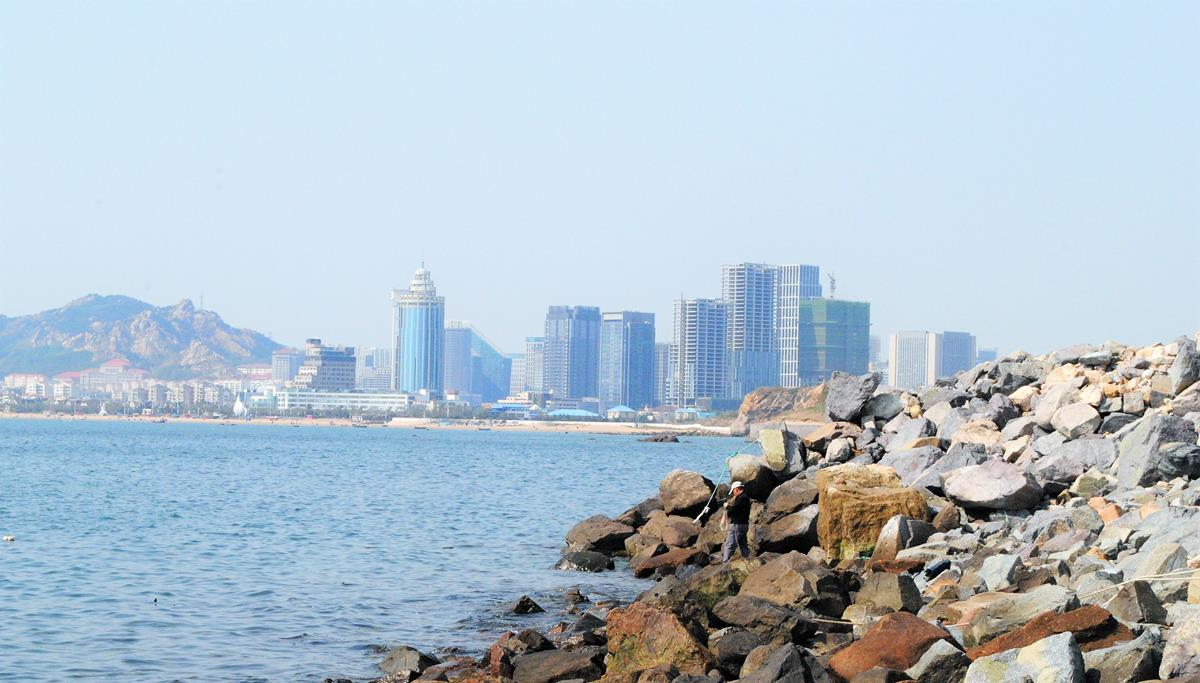 都是特大都会,为何青岛生齿比西安少288万?旅游也不如西安?