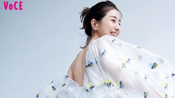 田中美奈实 想变成的脸 使用秋季最新化妆品打造淡蓝色的透明感妆容