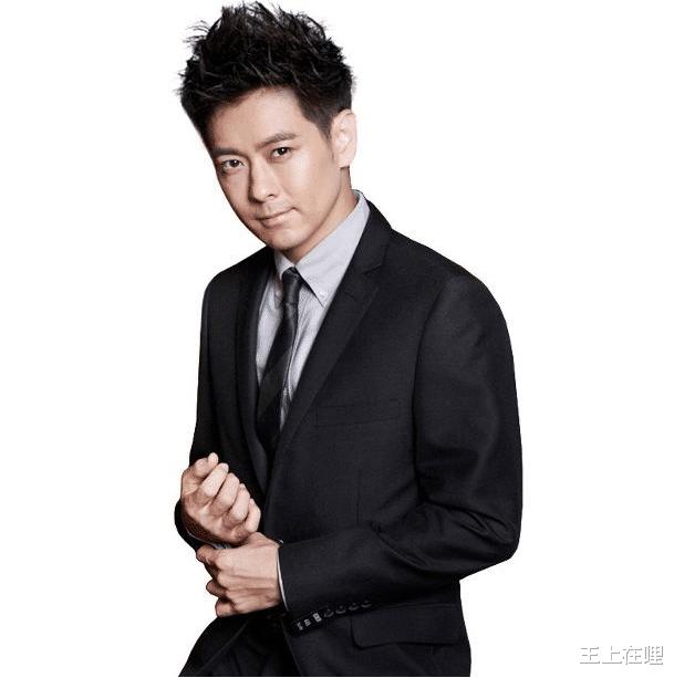 娱乐圈最有钱的5位明星:赵本山才是第三名,榜首是家喻户晓的他