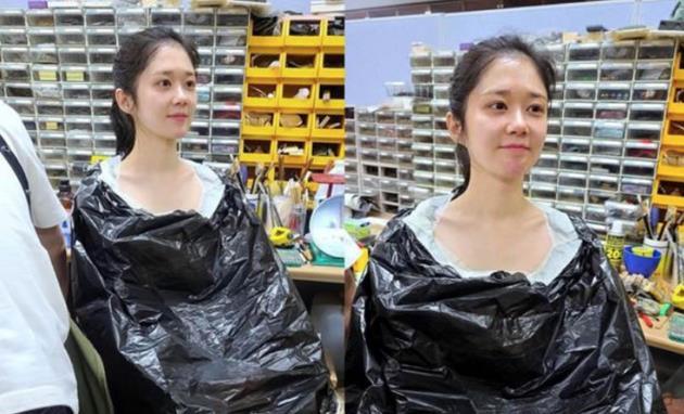 """""""没钱就去中国""""的张娜拉近况,黑塑料袋套身上,显崎岖潦倒"""
