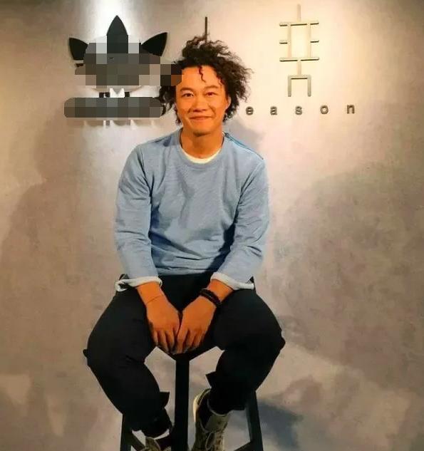 """陈奕迅支付6,000万违约金解约,一转身被余文乐""""捡漏""""?"""