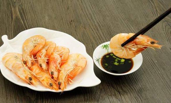 做白灼虾时,这3个技巧必须掌握,虾肉鲜嫩Q弹,香甜好吃没腥味