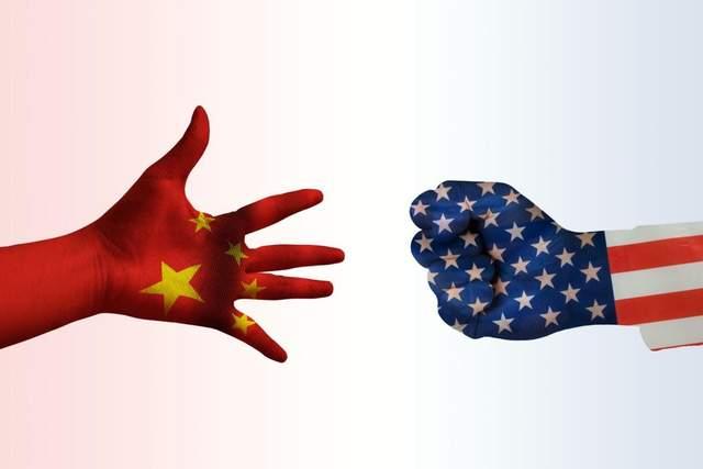 美国欠中国一万多亿美债,认账怎样办?专家:借他三个胆量也不敢