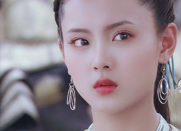 出名演员小刘佳,凭仗《青城之恋》出道,现37岁近况暴光