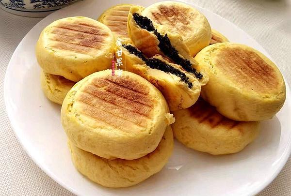 每年的中秋节,我们家都做这款农家月饼,松软香甜好味美