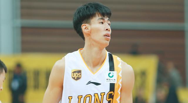 打脸:李春江不用之人离队后全面爆发,他曾发誓要做CBA最好前锋