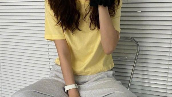 喜欢穿亚麻的朋友,应该都是简单的人,舒适且自然的清爽感