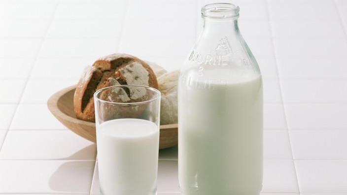 WildFieldHealth |喝牛奶好还是喝奶粉好?