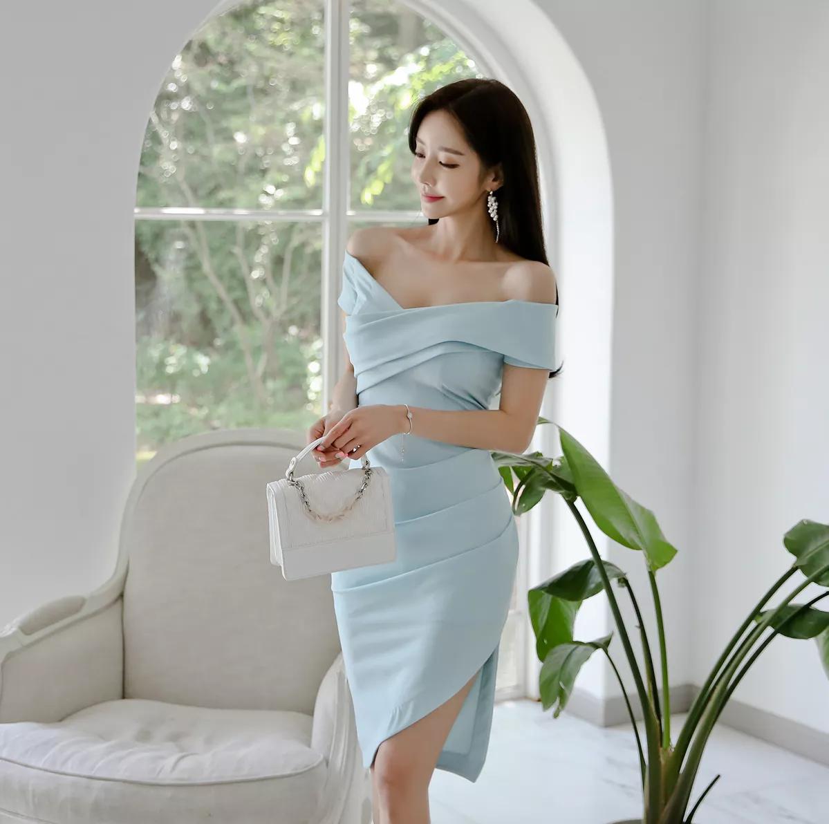 韩国美女露肩装美图鉴赏,美艳动人