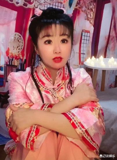 娱乐新闻腾_网红版紫薇与小燕子引争议,有人欢喜有人愁,这一届网友太难带