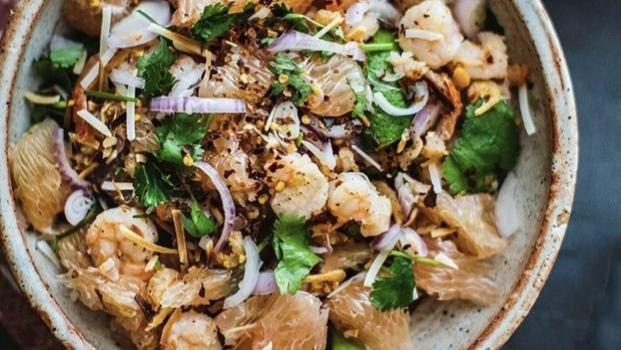 好吃到让人回味无穷的泰式柚子虾仁沙拉,减脂人士的心头好