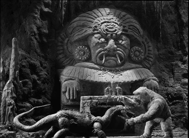 在看《哥斯拉大战金刚》之前,我劝你得先了解历代的金刚演化史