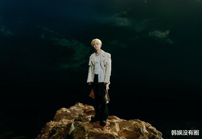 SHINee金基范:月末宣布solo专辑《BADLOVE》,闪电回归_qq娱乐新闻