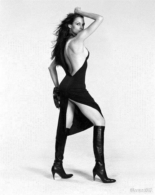邦女郎法米克·詹森被好莱坞淘汰的凤凰女可怕恶作剧的受害者
