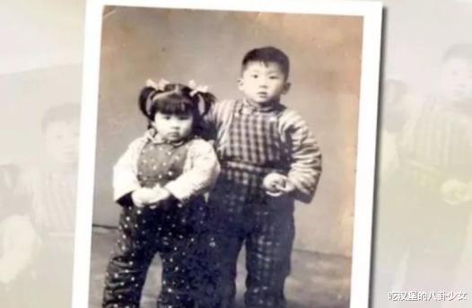 """91年春晚,倪萍拿4张白纸撒下""""弥天大谎"""",下台与领导激动相拥"""